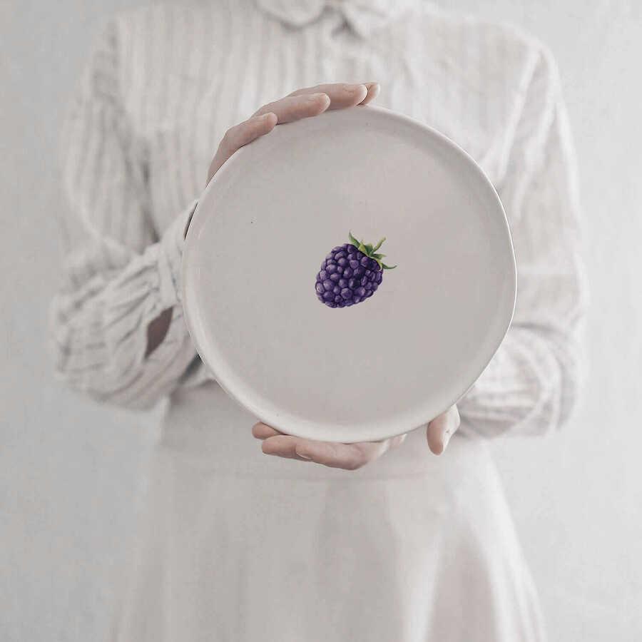 Meyve Tabak 4 (Böğürtlen)